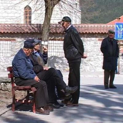 Smanjen broj penzionera ali i iznos penzije