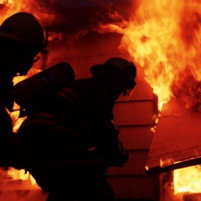 Sedam baraka izgorjelo u Beranama