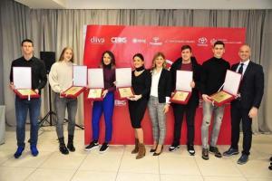 Radojici Čepiću zvanično uručeno priznanje za najboljeg mladog rukometaša u CG