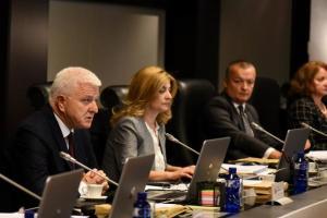 Vlada: Crna Gora ne zatvara i nikad neće zatvoriti granice za svoje građane