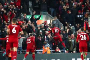 Englezi našli način da sezonu završe na terenu