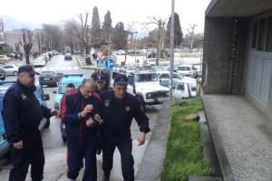 Terzić i Vukčević razoružani i uhapšeni: Bježali policiji, pa pali sa motocikla