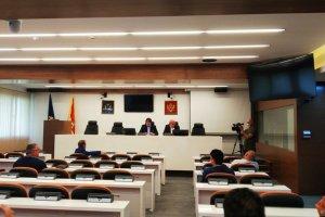 Carević i Radović potpisali ostavke, Crnogorska nije došla na koalicioni sastanak