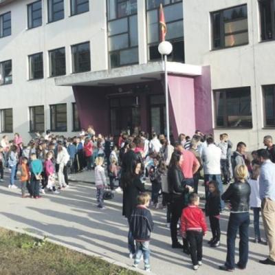 Incident u žabljačkoj školi: Nastavnik učenika uhvatio za vrat