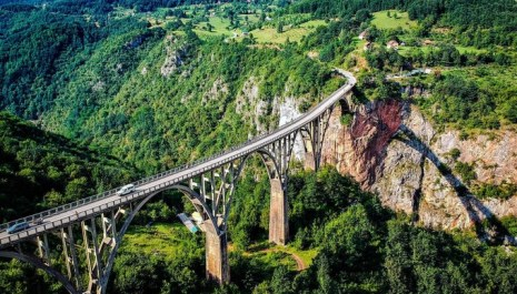 Crna Gora je zemlja prirodnih i istorijskih čuda