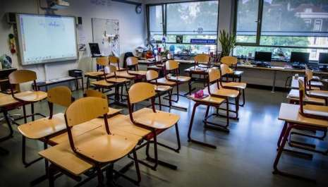 Ministarstvo vjeruje da će škola početi u septembru, kao plan B snimaju časove za prvo tromjesečje
