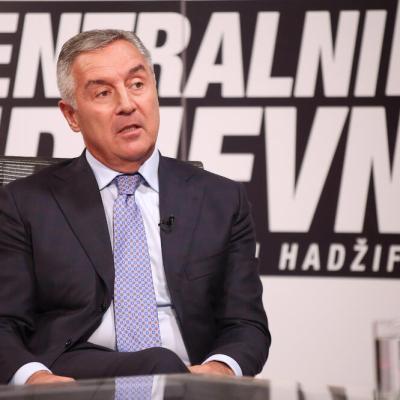 Đukanović: Za Crnu Goru ćemo se boriti i u šumi, ako Amfilohije krene da postavi kamen biće mu srušen