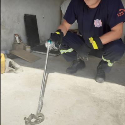 Nova akcija Službe zaštite i spašavanja Pljevlja u gradu na uklanjanju zmije