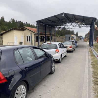 Od rane zore kilometarske kolone: Srbi se vraćaju iz Crne Gore preko graničnog prelaza RANČE