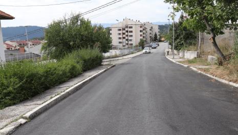 Radovi na asfaltiranju i sanaciji oštećenja na kolovozima u gradskom području teku planiranom dinamikom