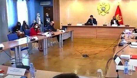 Naknada po prestanku funkcije za 37 poslanika