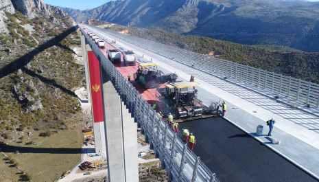 Pogledajte kako teku radovi na mostu Moračica, arhitektonskom čudu autoputa Bar-Boljare