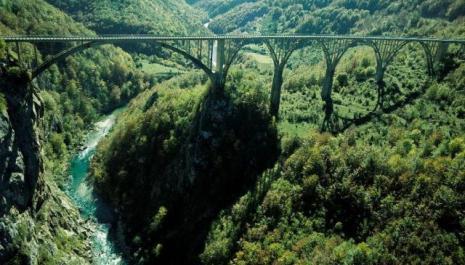 Kanjon rijeke TARE: Prirodna ljepota čije je bogatstvo NENADMAŠNO (FOTO)
