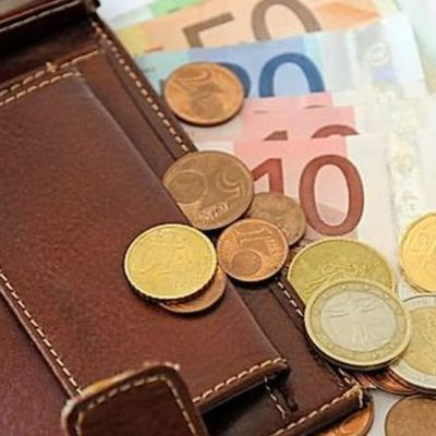 Prosječna plata u januaru iznosila 530 eura