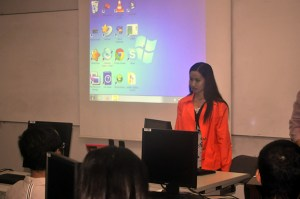 PWAG Board Member Lourdes Borgonia demonstrates an experience of a screen reader user.