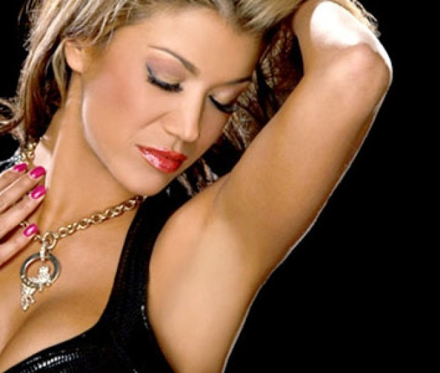 Risque Wwe Total Divas Video Featuring Rosa Mendes Topless Back Online Video