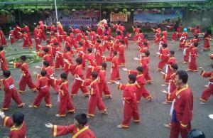 Suasana latihan Tapak Suci SDM 4 Malang. (Foto: Izzudin)