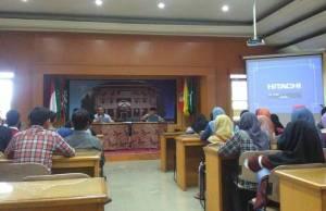 SMA Muhammadiyah 9 Surabaya saat berkunjung ke kantor PP Muhammadiyah