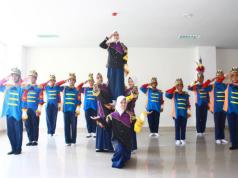 Tim Ikrabama SMP Muhammadiyah 5 Surabaya yang sukses jadi juara lomba paskibraka