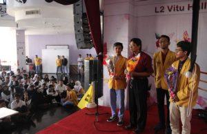 Kepala SMAM-X Surabaya Ir Sudarusman (baju merah) saat meresmikan Rumah Ramah Difabel