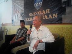 Prof Malik Fadjar saat memberikan materi di Sekolah Kebangsaan LHKP PDM Kota Malang