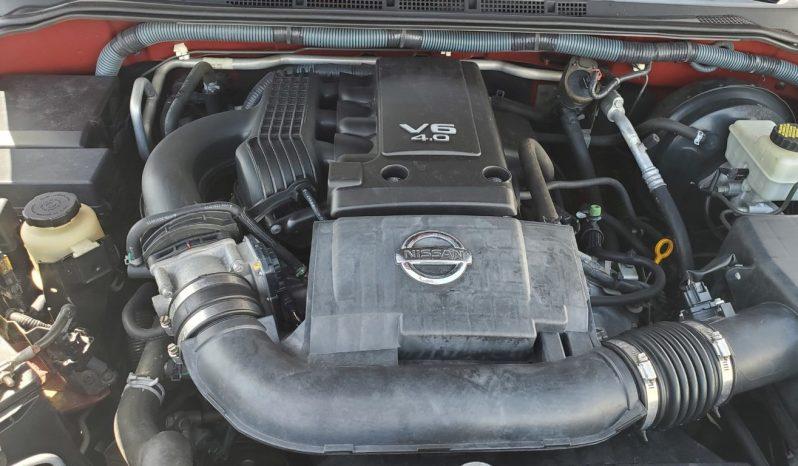 2011 Nissan Pathfinder LE full