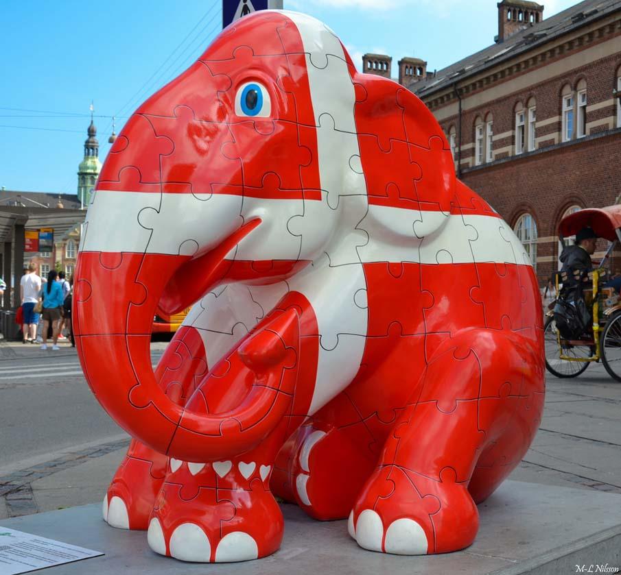 Датский флаг слон