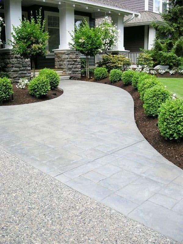 Garden design ideas low maintenance, easy to maintain buxus balls, simple yet effective design