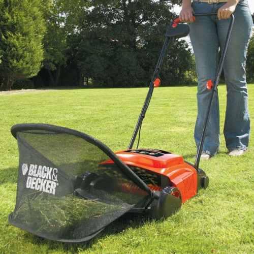 Black And Decker GD300 lawnraker - Cheapest quality scarifier. best lawn raker
