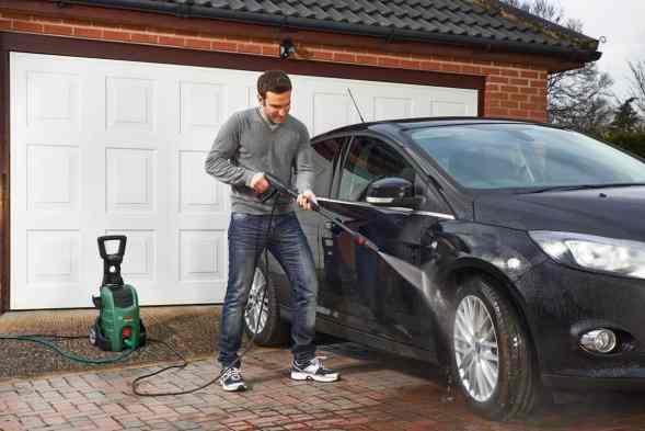 Bosch AQT 37-13 Plus Pressure Washer cleaning car