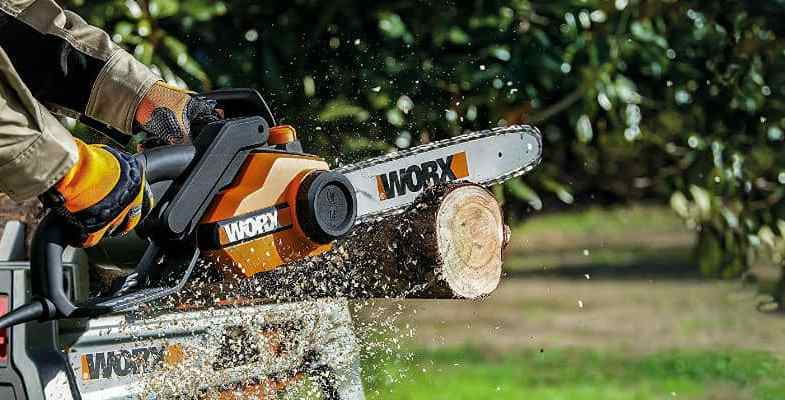 Best Electric Chainsaw – Top 8 Models Reviewed & Compared