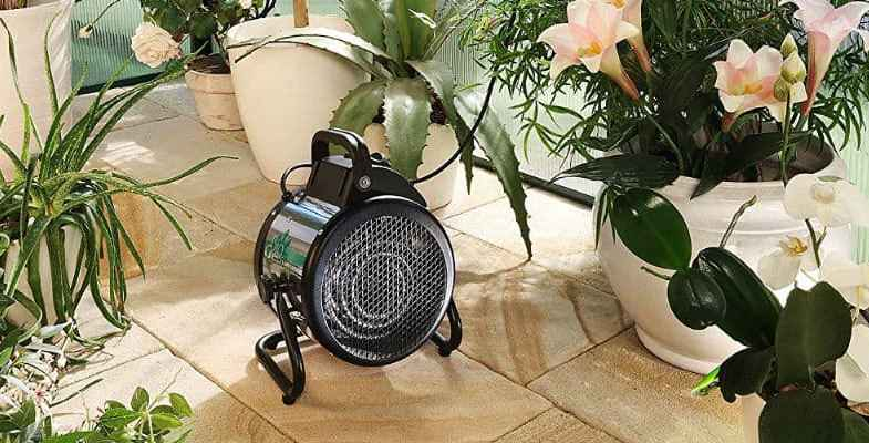 Top 6 Best Greenhouse Heaters and Reviews