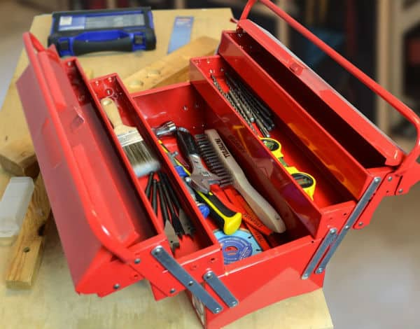 Faithfull TBC517 Metal Cantilever Tool Box 17-inch Review