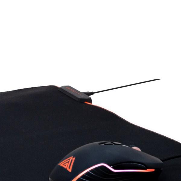 """Immagine del bundle all pack che rappresenta solo il mouse """"PM640"""" e tappetino """"PT80"""""""