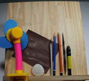 assorted items helpful to pyrography