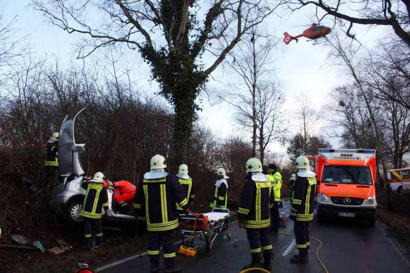 Feuerwehreinsatz an einem Unfallort