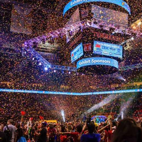 Confetti drop at Thompson Boling Arena - Photo by Garrett Hill