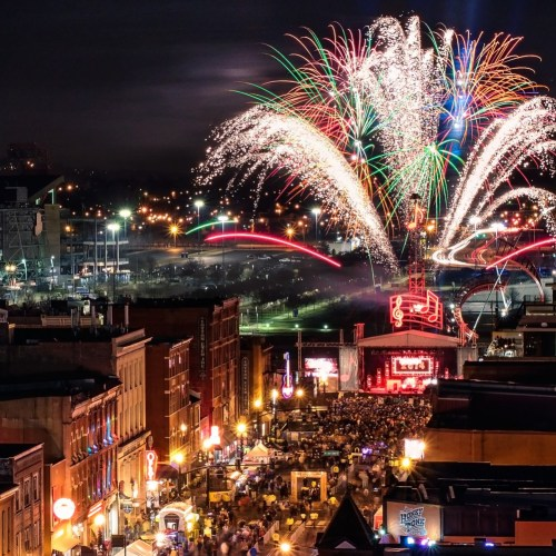 Nashville, Fireworks, New Year's Eve, Photo by Garrett Hill