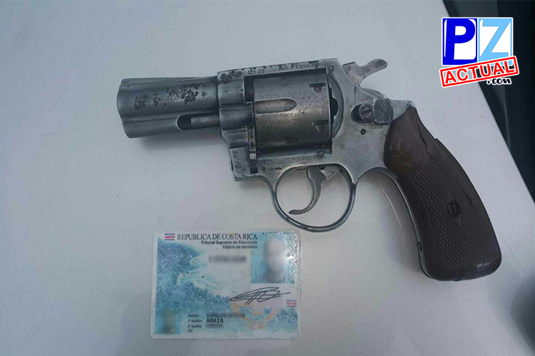 Fuerza Pública de Pérez Zeledón detiene a varios sujetos por robo de auto, orden de captura y portación de arma ilegal.