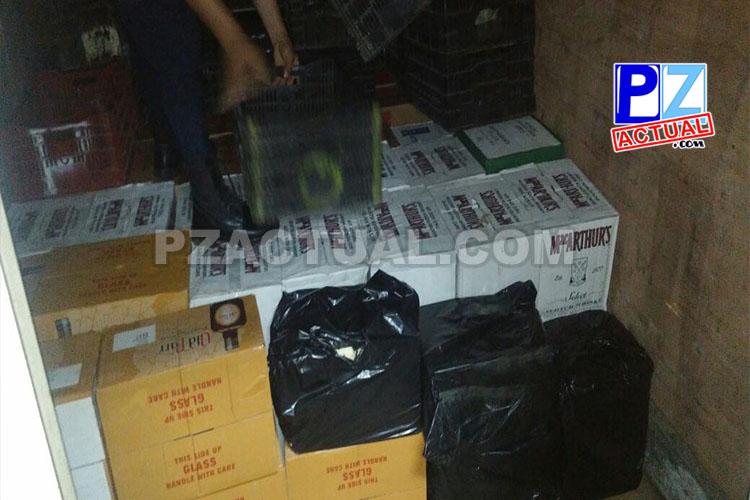 Fuerza Pública intercepta en Paso Canoas un camión con fuerte contrabando de licores