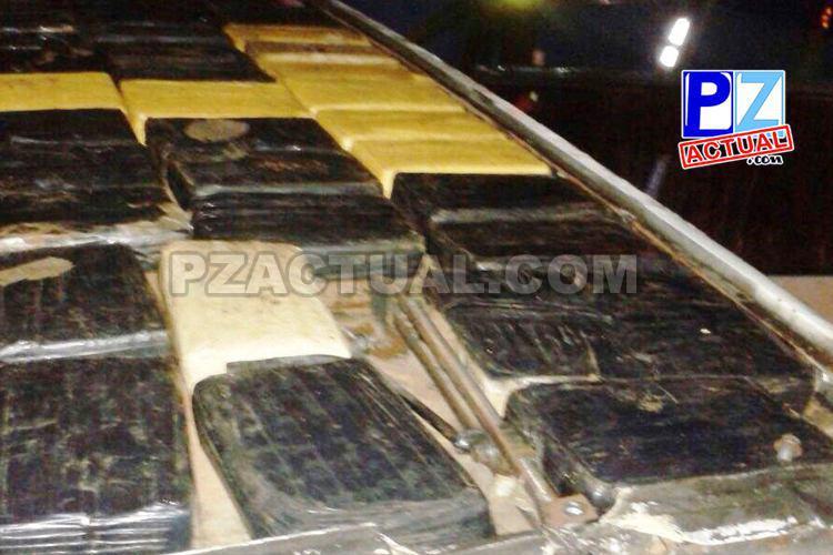 Fuerza Pública sorprende a conductor que transportaba cargamento de cocaína en Coto Brus.