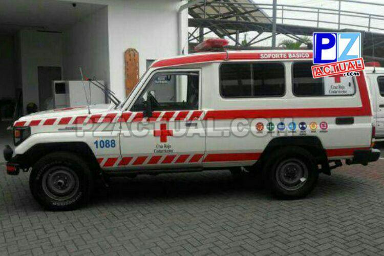 Nueva rotulación de ambulancias busca mayor visibilidad y seguridad para Cruzrojistas.