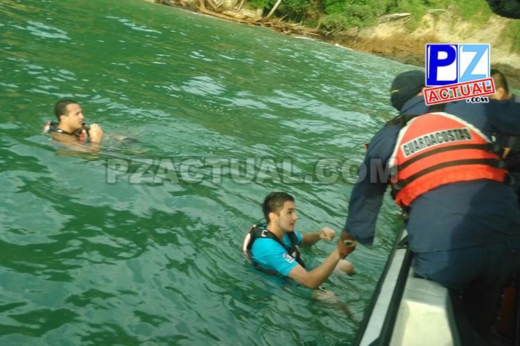 Guardacostas socorre a tres turistas atrapados en unas rocas en Garabito.