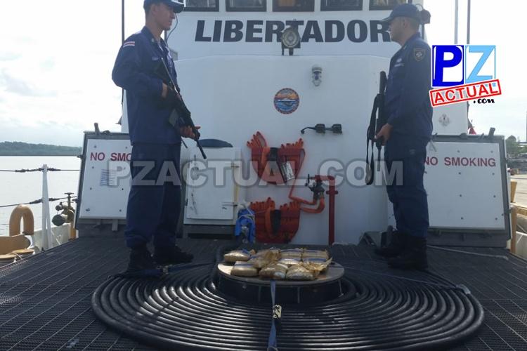 Guardacostas localiza 10 paquetes de droga en el mar en el Golfo Dulce.