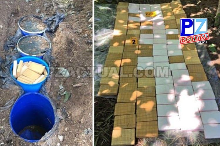Armas, droga, vehículos de lujo, contadora de dinero y drone fueron quitados por PCD a narco estructura criminal.
