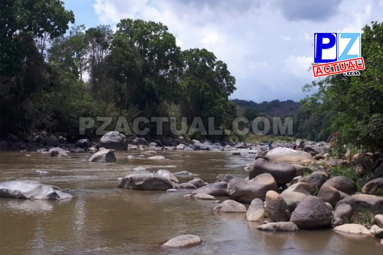 Trabajador se encuentra desaparecido tras caer accidentalmente a cauce de río en Pérez Zeledón.