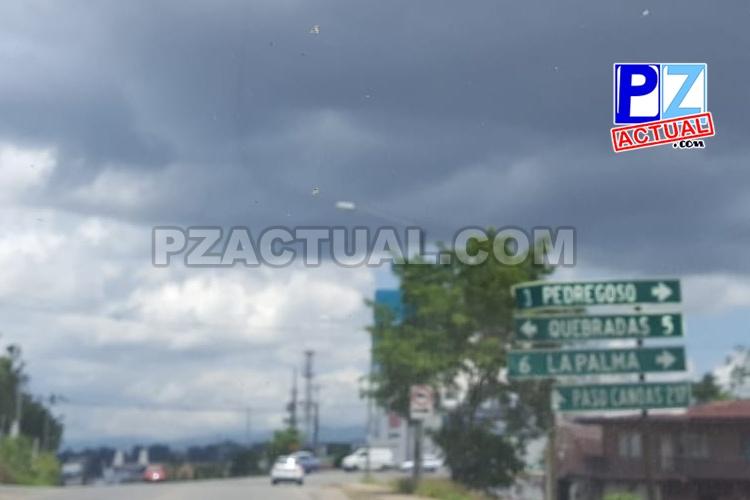 La mayor parte del país mantiene condiciones nubladas y lluvias de variable intensidad.