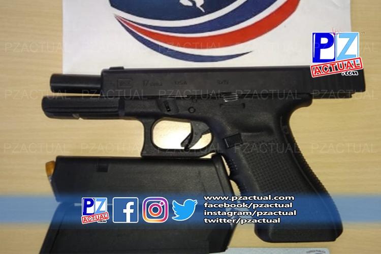 Autoridades decomisan arma, marihuana y licores a sujeto en Golfito.