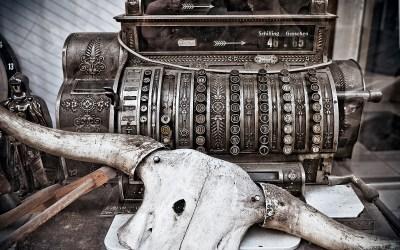 Antique cashier