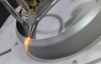Directed Energy Deposition process of additive manufacturing